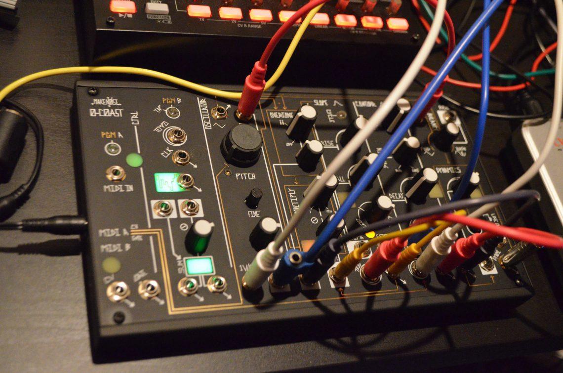 Stundenlanger Spass mit dem O-Coast Synthesizer von Make Noise
